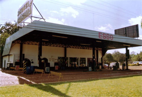 -- station esso brazil gas old gasstaion