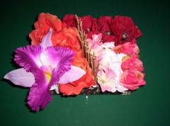 Сделайте картину, используя ленты, чтобы цветы были как живые.  Вам понадобится.