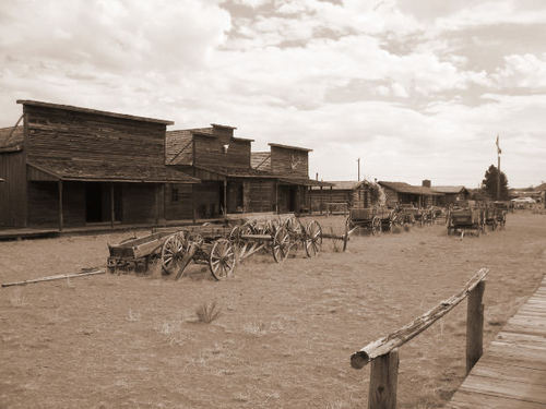 Abandoned Western Towns http://www.photoree.com/photos/permalink/12921432-ren